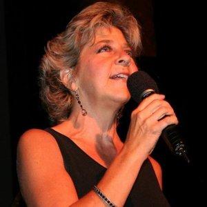 Kelly Crum Delaveris